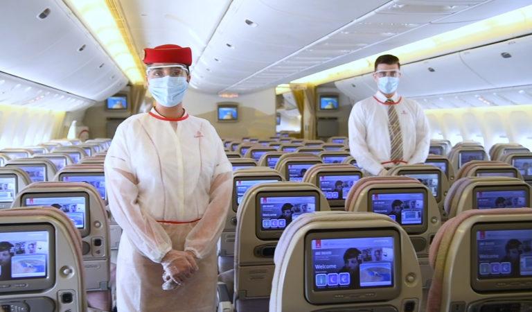 ¿Cómo es volar en época de pandemia? Emirates lo explica